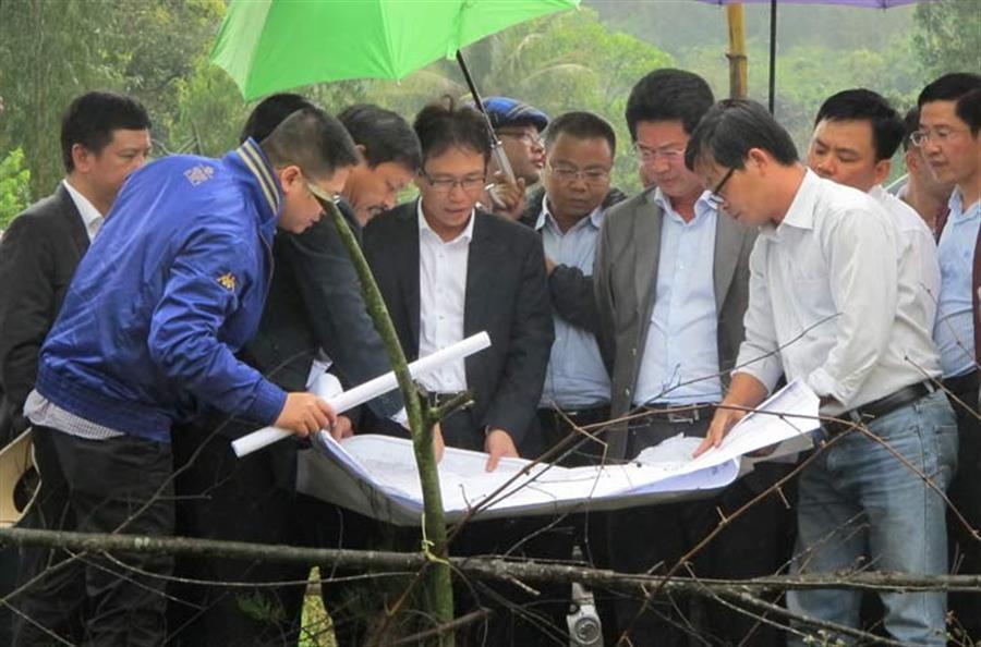 Hình ảnh đẹp Lãnh đạo Tập đoàn Dầu khí Việt Nam kiểm tra thực địa tại Dung Quất và Chu Lai