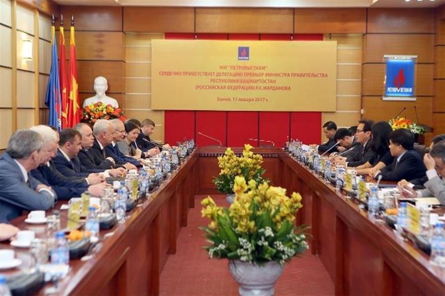 Đoàn Lãnh đạo cấp cao Chính phủ và doanh nghiệp nước Cộng hòa Bashkortostan thăm và làm : Tin tức